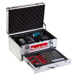 fotografia produktowa skrzynki narzędziowej makita